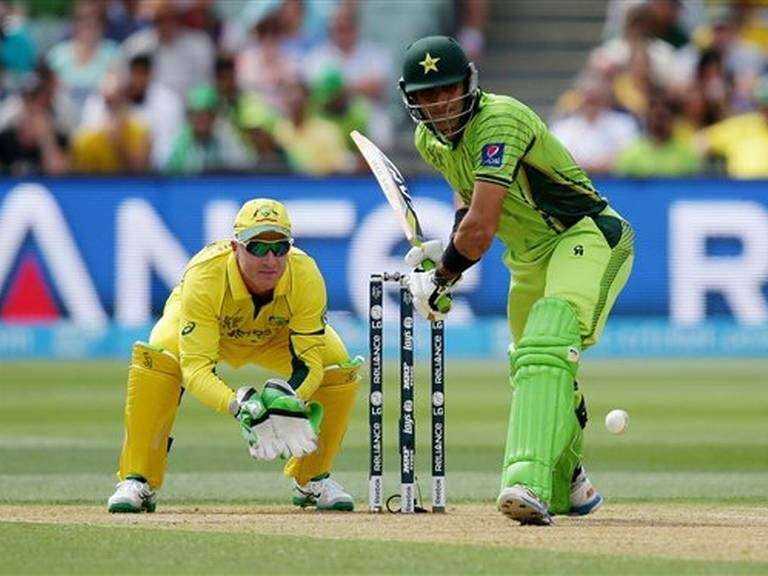 misbah_out