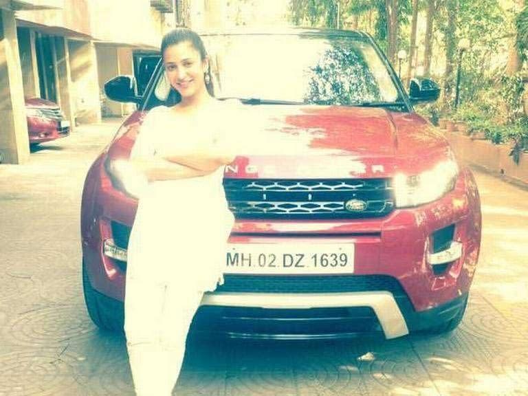 shruti-hassan-her-new-range-rover