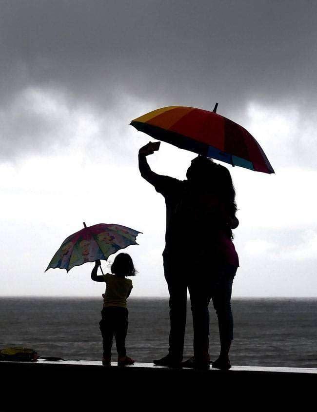 mumbai-rain_2_061915072843